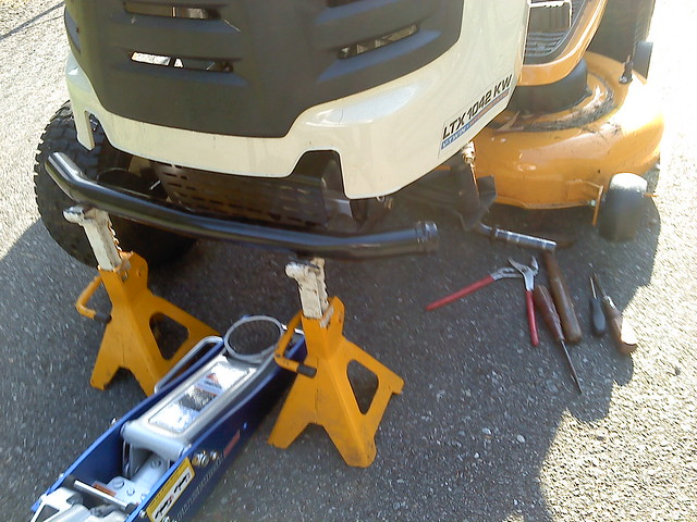 Cub Cadet Ltx 1042 Kw Lawn Tractor : Fixing a flat on an ltx kw mytractorforum the