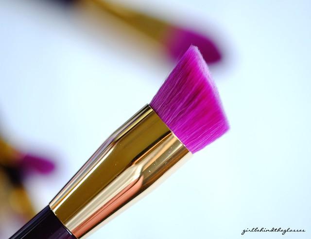 Sonia Kashuk 15th Anniversary Synthetic Angled Multipurpose Brush