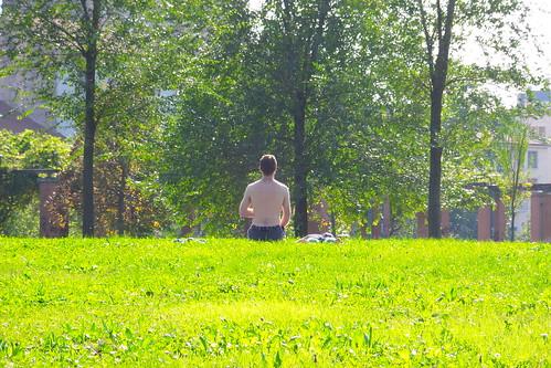 Dietro una meditazione al parco