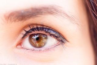 Deep Green-Hazel Eye