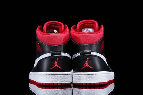 jordan-1-black-white-red-3