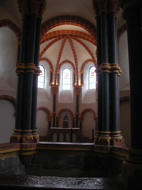 20010604_09_Vianden_chapel