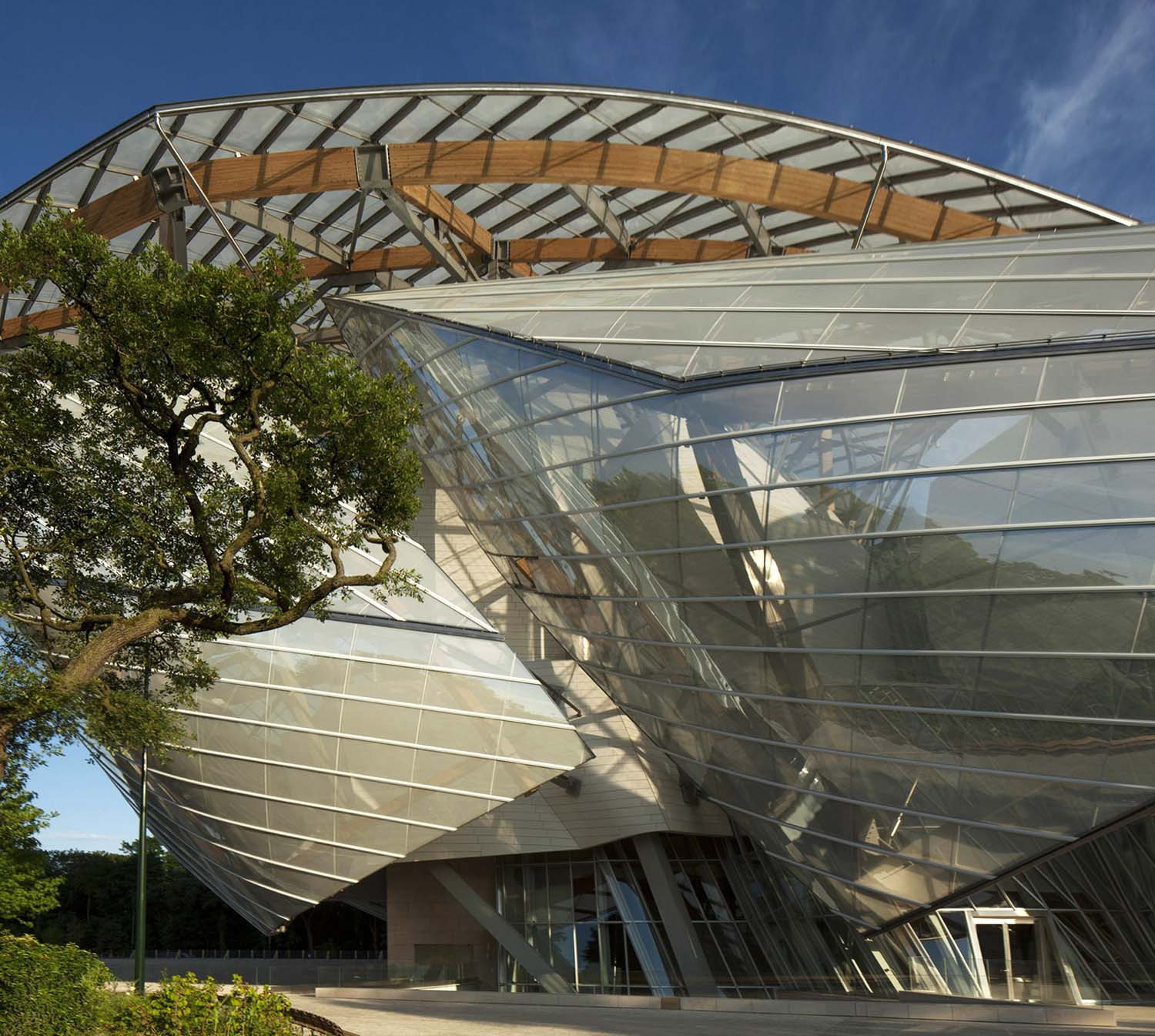 mm_Fondation Louis Vuitton design by Gehry Partners_06