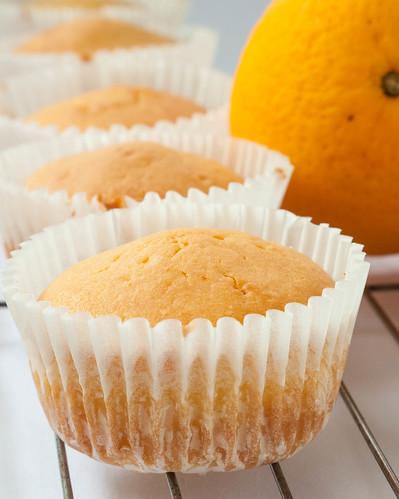 005 Orange cupcakes