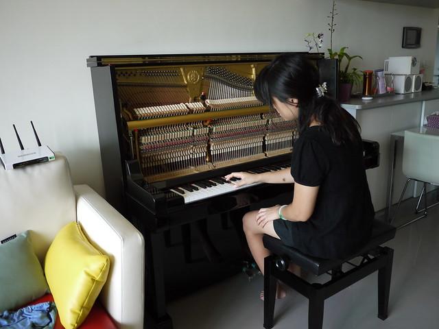 台南東區詹小姐-YAMAHA U.P(日本原裝3號米字琴