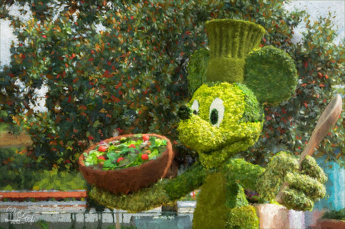Image of a Mickey Mouse topiary at Disney World Epcot