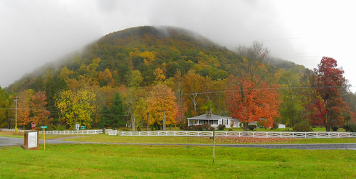 autumn panorama house mist mountains fog clouds landscape virginia us woods rainyday unitedstates forrest fallfoliage va autumncolor 2014 augustacounty
