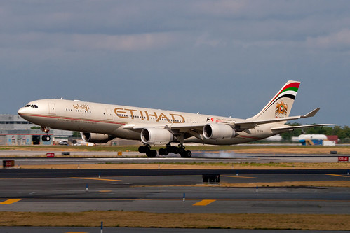 A345 - Airbus A340-541