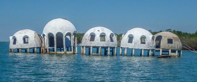 Bob Lee dome house in Cape Romano