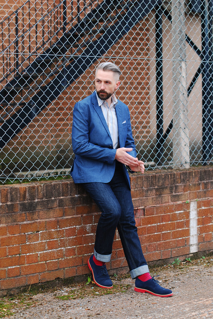 Silver Londoner - Over 40 Menswear Smart Weekend Style | Blazer and Jeans