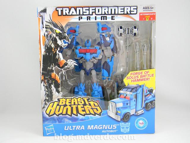 Transformers Ultra Magnus Voyager - Transformers Prime Beast Hunters - caja