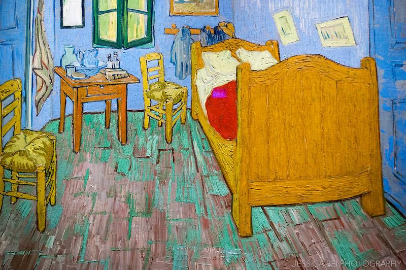 Van Gogh, The Bedroom in Art Institute of Chicago