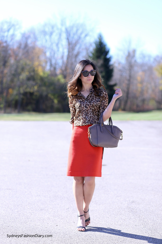Old Navy leopard blouse