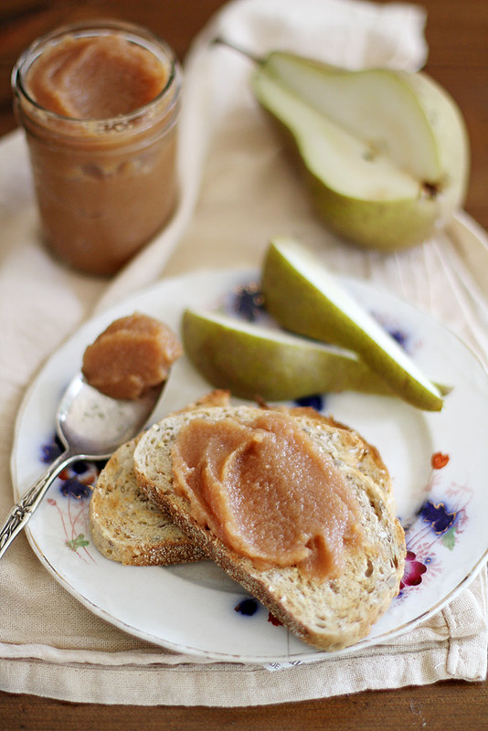 Slow Cooker Pear-Quince Butter | girlversusdough.com @girlversusdough