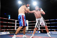 SES-Fighter Tom Pahlmann siegt mit Tko