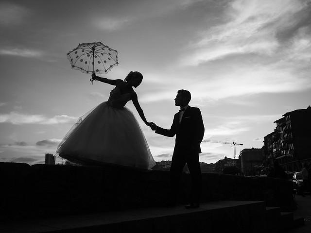 Thomas Leuthard - Love is in the Air...