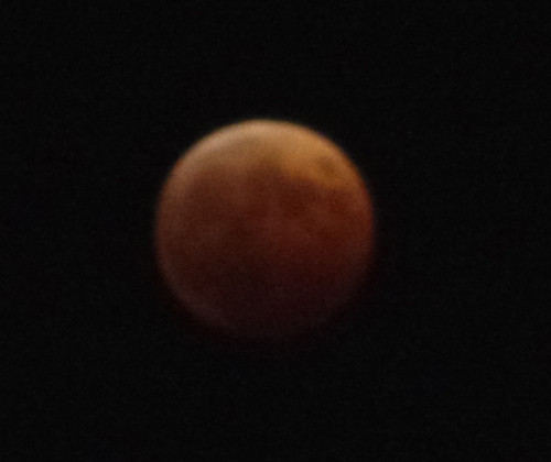 20141008_lunar-eclipse-3