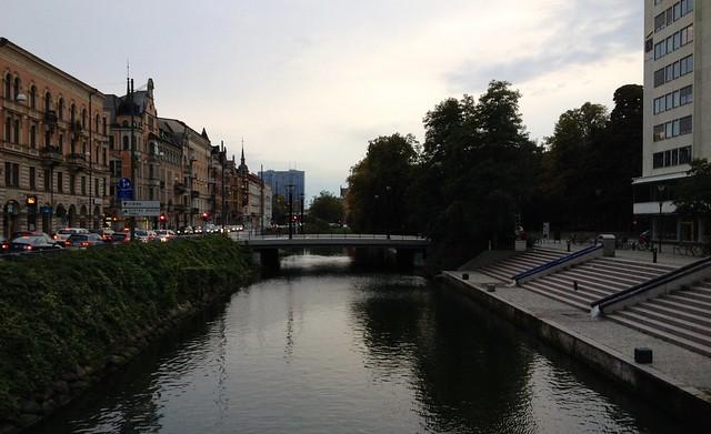 Malmö: Södra Förstadskanalen at dusk