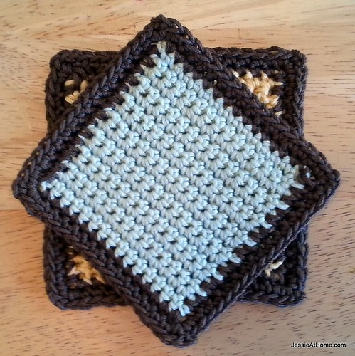 Basic-Single-Crochet-Coaster-Jessie-At-Home