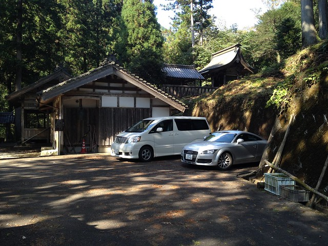 今淵ヶ岳 瀧神社 本堂駐車場