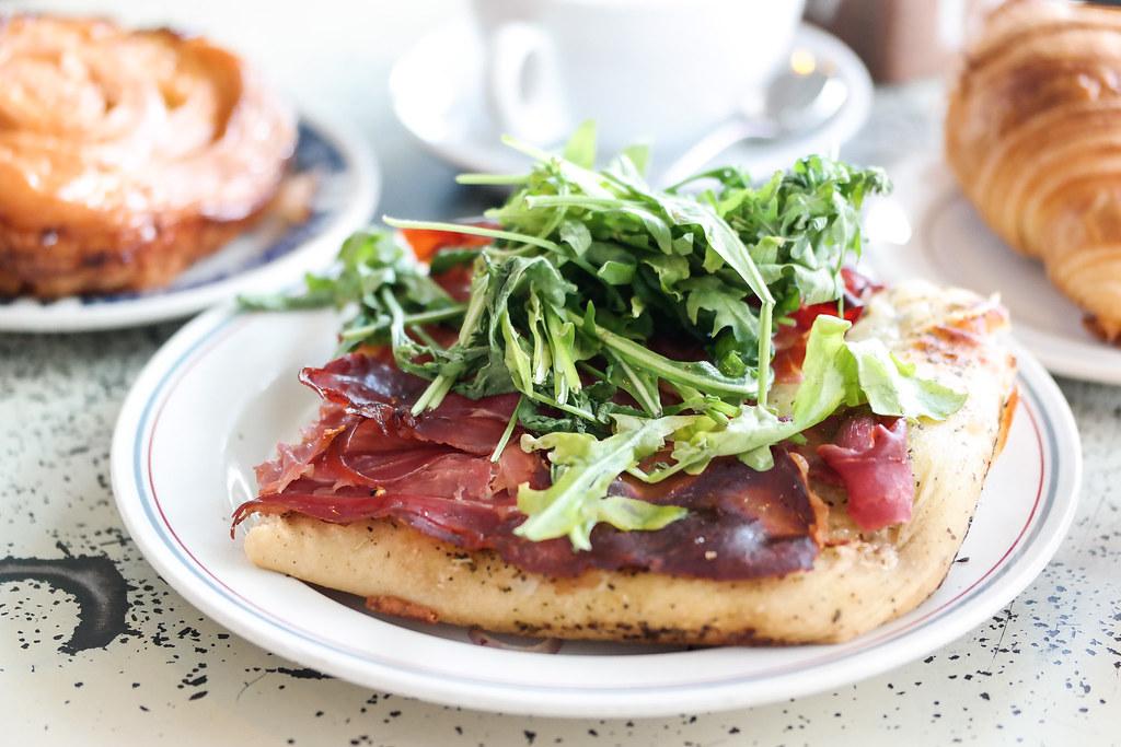 Tiong Bahru Bakery: Mozza & Ham Focaccia