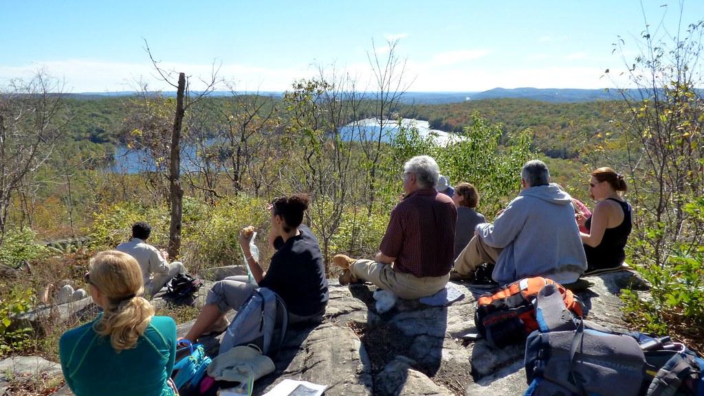 15416073290 27657f52c1 b Lunch overlooking Ramapo Lake