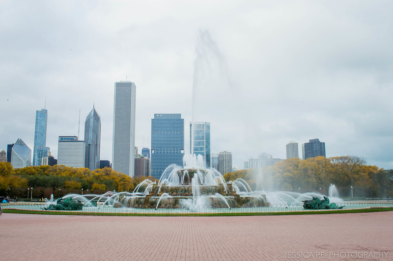 Buckingham Fountain in Chicago Grant Park