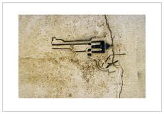 Hay Graffiti Gun