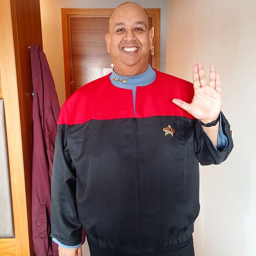 My #trek #cosplay today! LLAP! #dst3 #destinationstartrek3 #tos #tas #tng #ds9 #voyager #enterprise #williamshatner #patrickstewart #jeriryan #brucegreenwood #karlurban #nichellenichols #jonathanfrakes #brentspiner #levarburton #michaeldorn #marinasirtis