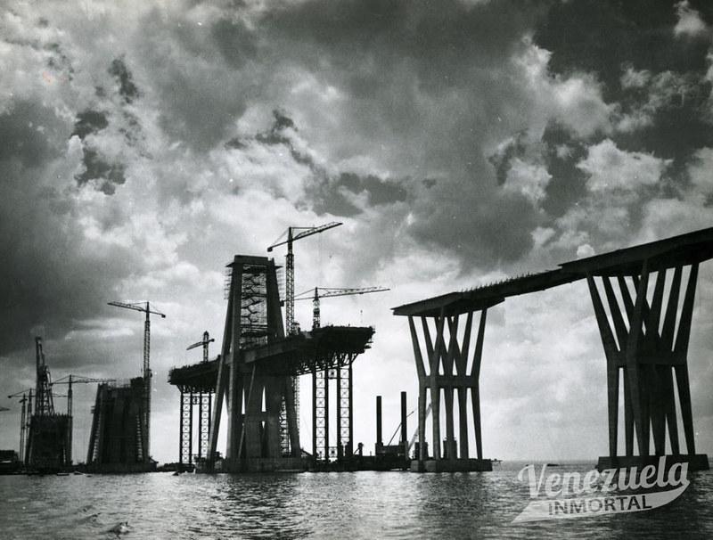 construccion puente sobre el lago2