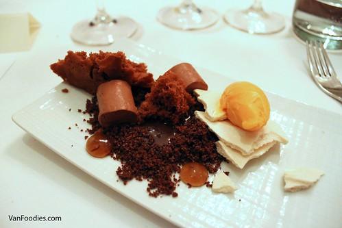 dark chocolate crémeux