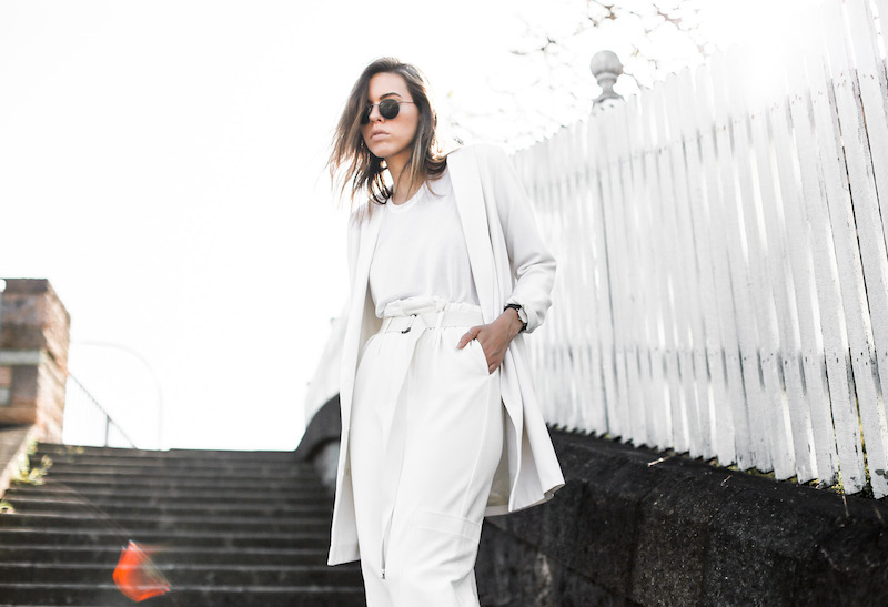 modern legacy fashion blog street style all white suit Bassike slouch pants T Bar Mode Collective heels muscle tank work office wear (6 of 11)
