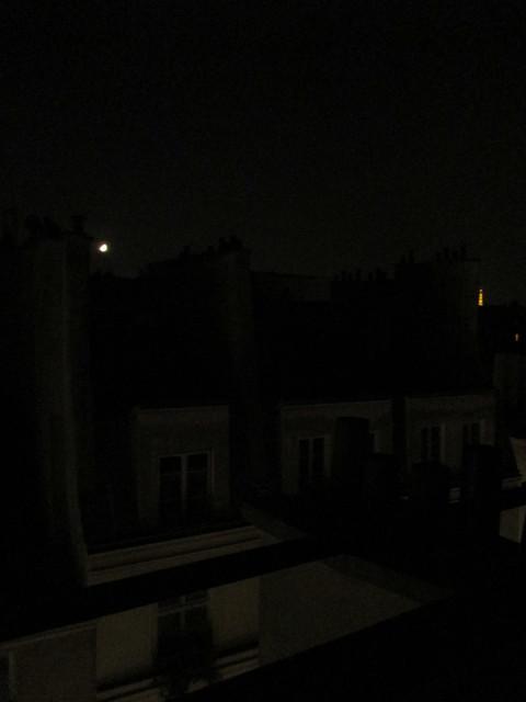 moon over le Marais