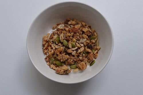 Cinnamon nut granola