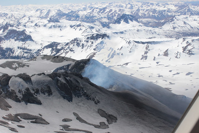 Cráter del volcán Copahue 2