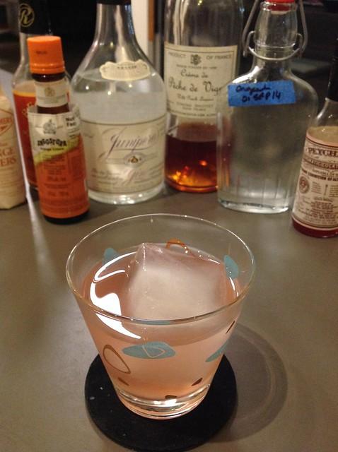 The Monroe (Scott Teague @scotchpineapple): Junipero gin, crème de pêche, homemade orgeat, Peychaud's and orange bitters, club soda