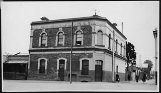 Horse and Jockey Hotel, Carrington Street, 1941