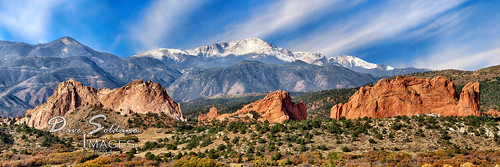 autumn sky panorama mountain snow fall clouds colorado rocky gardenofthegods coloradosprings streaks capped pikespeak gog