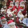 So many Santas