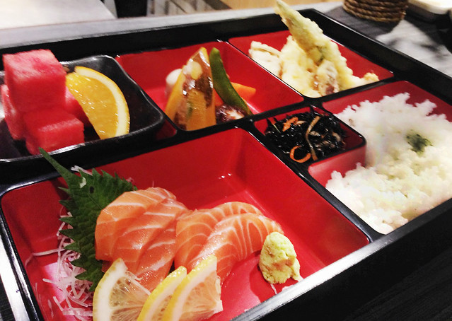 robata monkey salmon sashimi