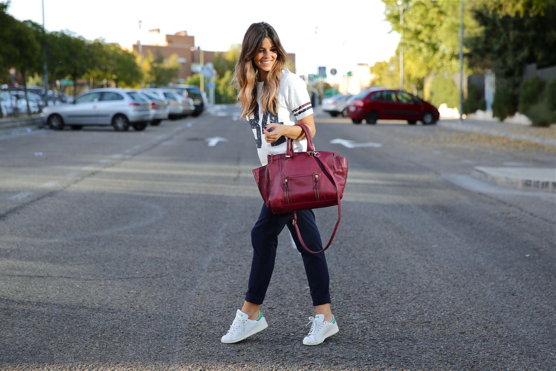 trendy_taste-look-outfit-street_style-ootd-blog-blogger-fashion_spain-moda_españa-zara-stan_smith-adidas-cosette-tee-baseball-camiseta-numero-pantalón-capri-pinzas-13
