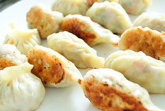 dim sum food, fried food, mandu, momo, wonton, food, dish, dumpling, pierogi, jiaozi, cuisine,