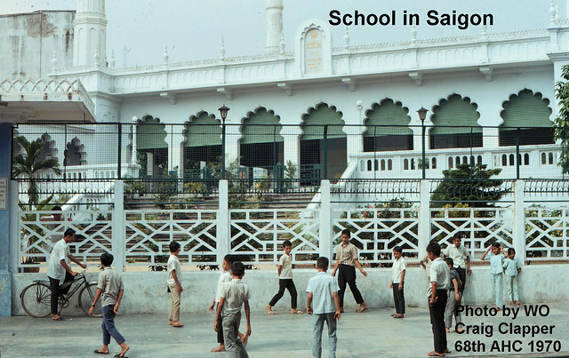 SAIGON 1970 - Đền Hồi giáo đường Thái Lập Thành - Photo by Craig Clapper