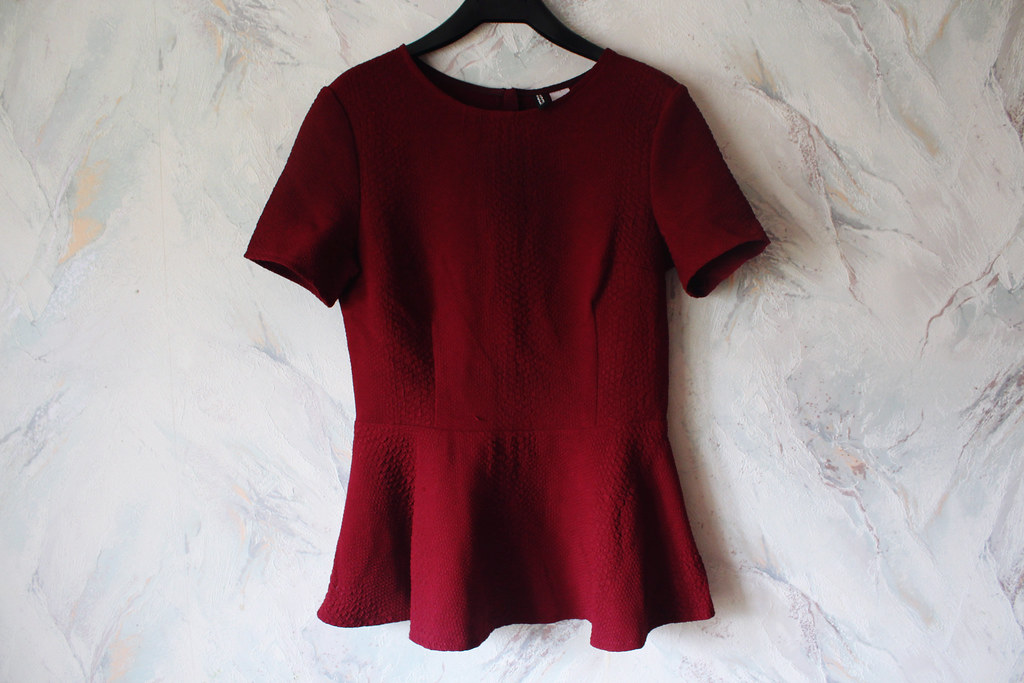 H&M-burgundy-peplum-top
