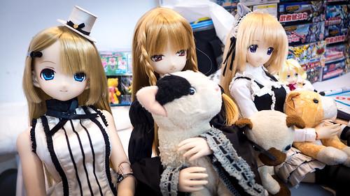 COSPAR³_Dolls_02
