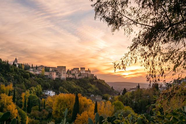 La Alhambra se viste de otoño, Granada