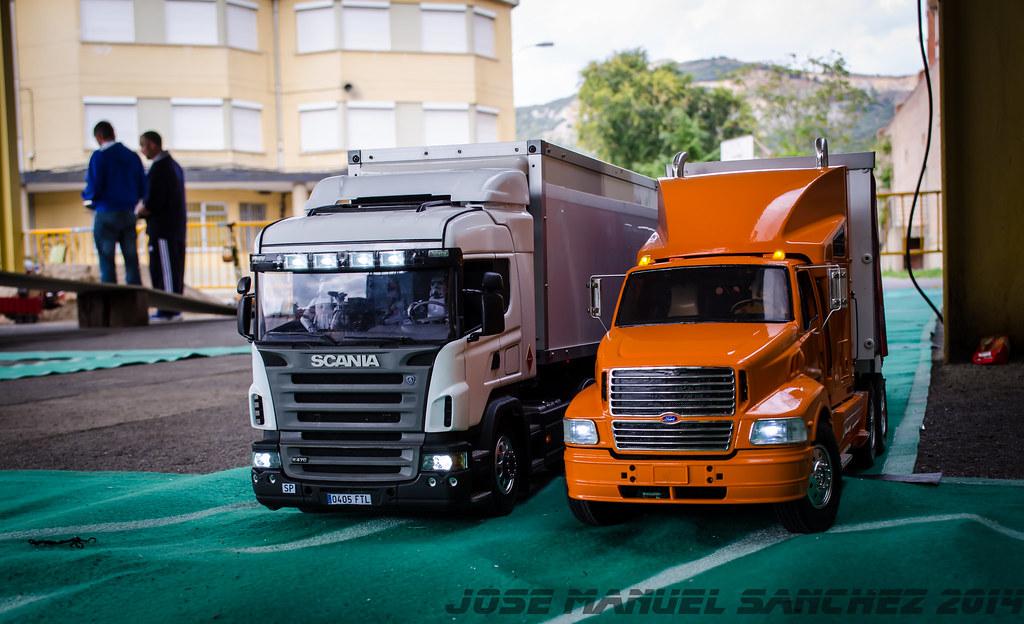 1ª Concentración de Camiones y Maquinaría RC en la Robla - Página 2 15339453200_c32b73c02e_b