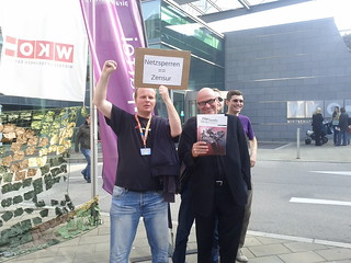 Horst JENS (gegen Netzsperren) und Dr. Werner Müller (für Netzsperren)