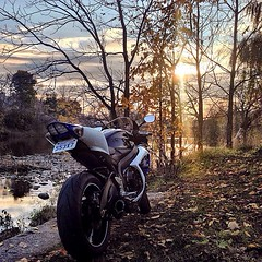 @kchwist great picture! This is more art than a motorcycle picture.  Tag #bikers_around_the_globe or @redline_motorcycles for a feature. ...................................................... Like our Facebook page!! facebook.com/bikersaroundtheglobe ....