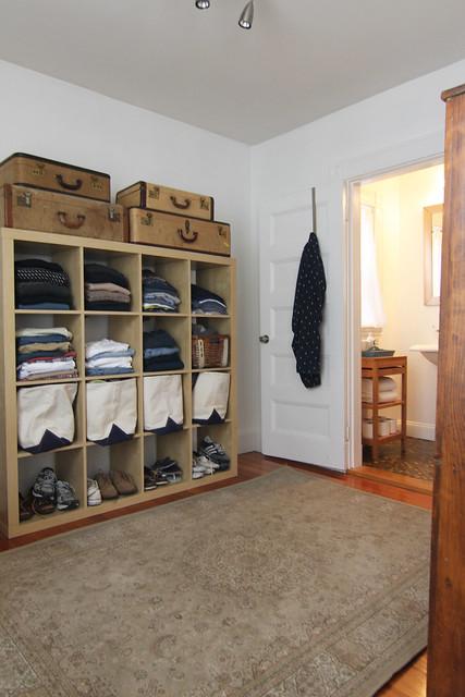 dressingroom_bins